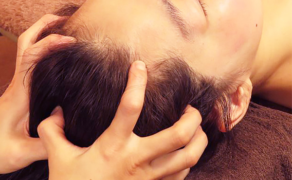 頭皮セラピー